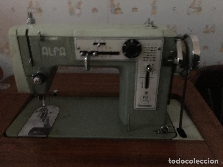 Antigüedades: maquina de coser ALFA de los años 60-70 - Foto 8 - 58599694