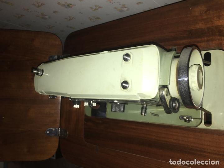 Antigüedades: maquina de coser ALFA de los años 60-70 - Foto 11 - 58599694