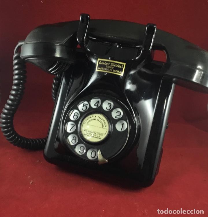 Teléfonos: Antiguo teléfono español, 5519A, de Standard Eléctrica, para la CTNE - Foto 2 - 189333631