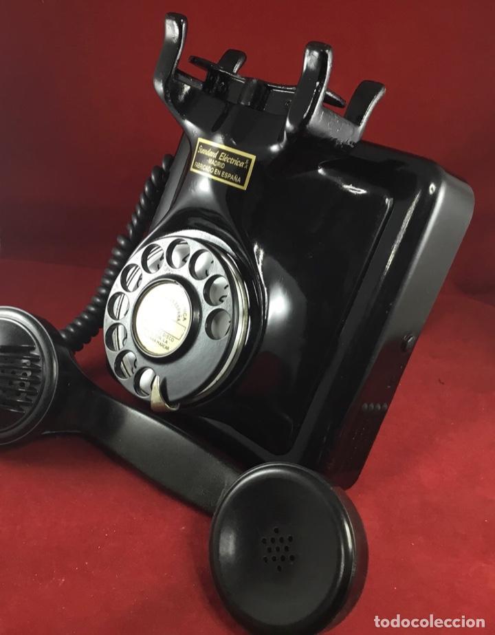 Teléfonos: Antiguo teléfono español, 5519A, de Standard Eléctrica, para la CTNE - Foto 8 - 189333631