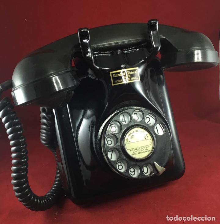 ANTIGUO TELÉFONO ESPAÑOL, 5519A, DE STANDARD ELÉCTRICA, PARA LA CTNE (Antigüedades - Técnicas - Teléfonos Antiguos)