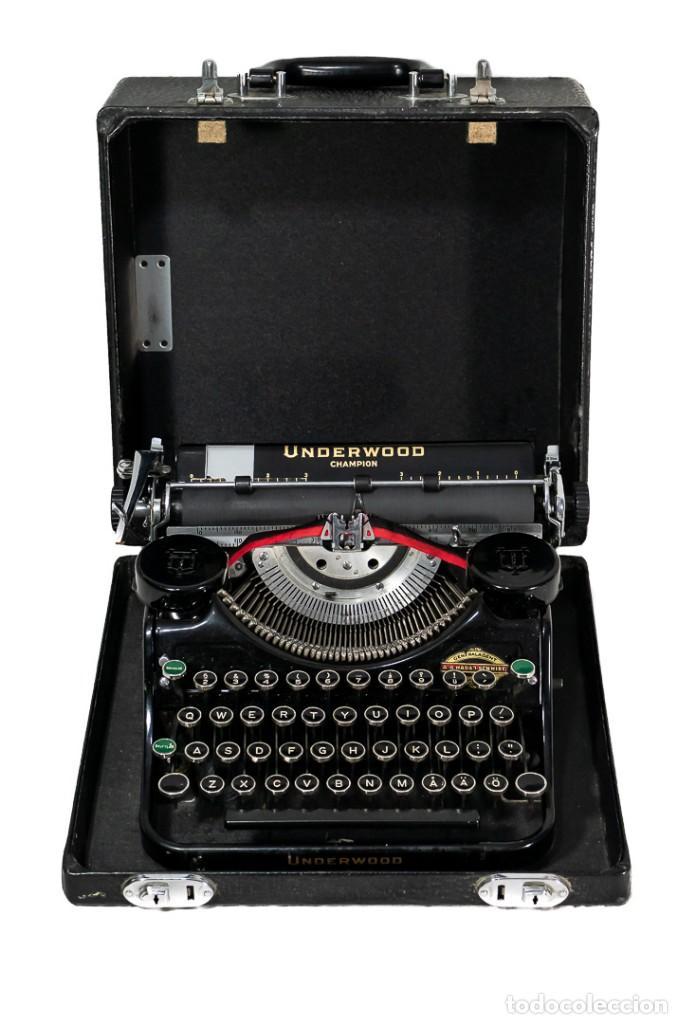 MAGNIFICA MAQUINA DE ESCRIBIR ANTIGUA DE LA MARCA UNDERWOOD FUNCINANDO (Antigüedades - Técnicas - Máquinas de Escribir Antiguas - Underwood)