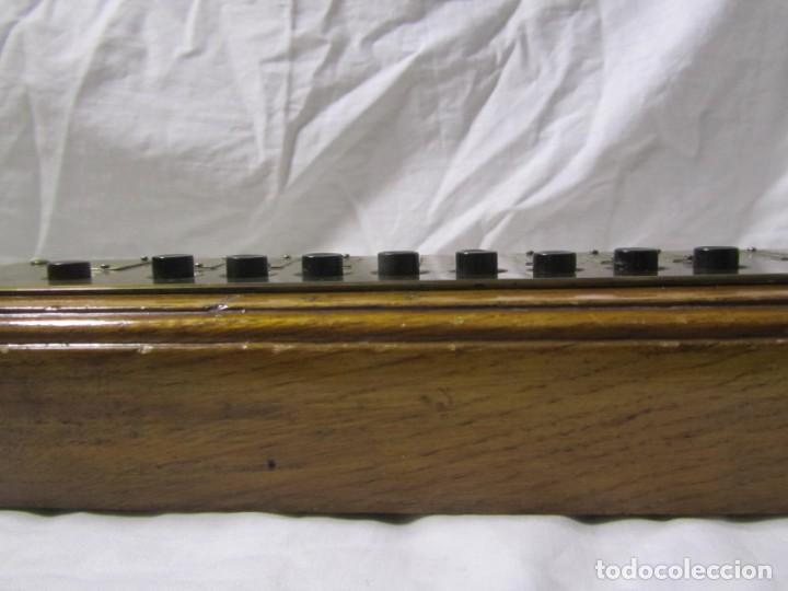 Antigüedades: Cuadro de mando botones ascensor, baquelita, latón y madera, B. Rodriguez - Foto 11 - 189590586