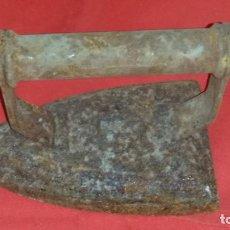 Antigüedades: ANTIGUA PLANCHA DE HIERRO. Lote 189590832
