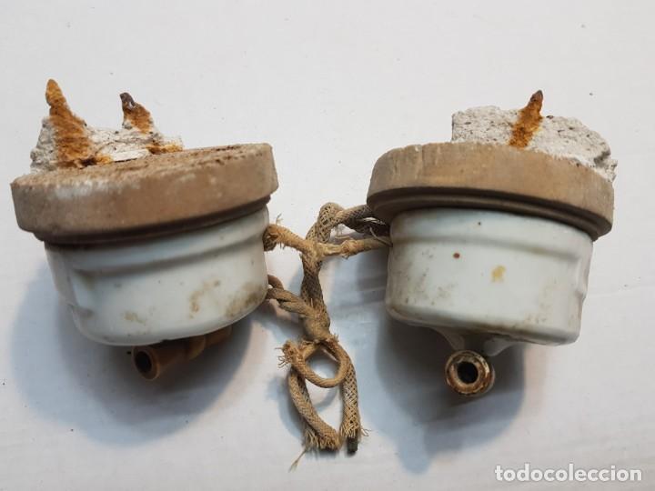 Antigüedades: Interruptores de Porcelana con base madera lote 2 completo - Foto 2 - 189671837