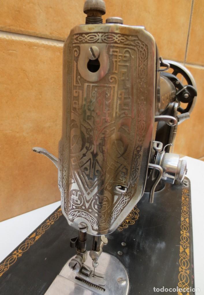Antigüedades: MAQUINA DE COSER SIGMA - MODELO A - Estarta y Ecenarro S.A - Elgóibar España . - Foto 2 - 189726388