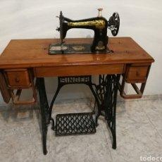 Antigüedades: MAQUINA DE COSER SINGER. Lote 189806712