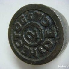 Antigüedades: PESA EN HIERRO HECTOG 2 DECA. Lote 189953803