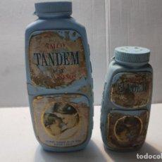 Antigüedades: BOTES ANTIGUOS DE POLVOS DE TALCO TANDEM LLENOS . Lote 189967736