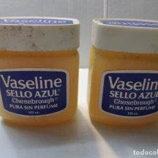 Antigüedades: BOTES ANTIGUOS DE VASELINE SELLO AZUL LLENOS . Lote 189968496
