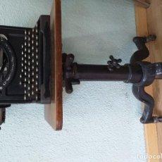 Antigüedades: LOTE CALCULADORA MAQUINA ESCRIBIR LINTERNA MAGICA TELEFONO CAMARA FOTOS. Lote 189987061