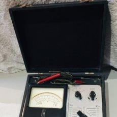 Antiguidades: ANTIGUO VOLTÍMETRO ELECTRÓNICO EN SU MALETÍN MARCA POLY TEST - VER LAS IMÁGENES. Lote 190121513