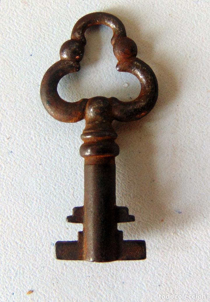 BONITA LLAVE DE HIERRO, 5,3 CM (Antigüedades - Técnicas - Cerrajería y Forja - Llaves Antiguas)