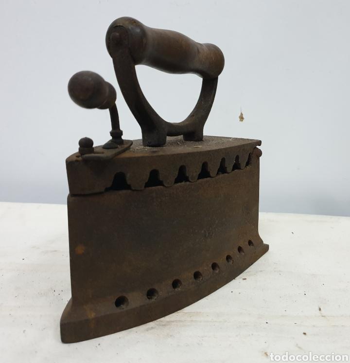 Antigüedades: Plancha de carbón - Foto 3 - 190292043