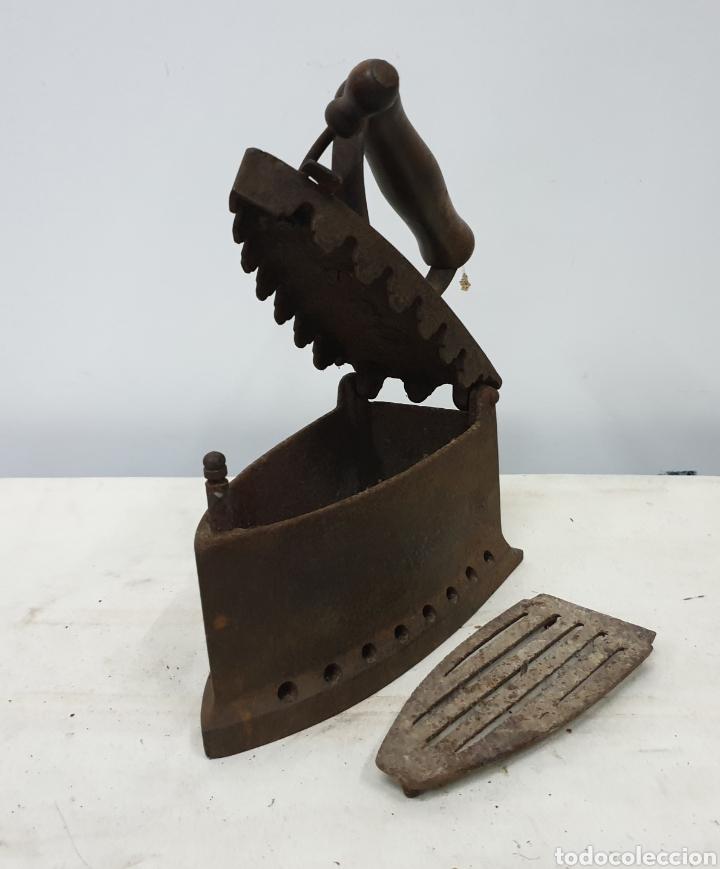 Antigüedades: Plancha de carbón - Foto 5 - 190292043
