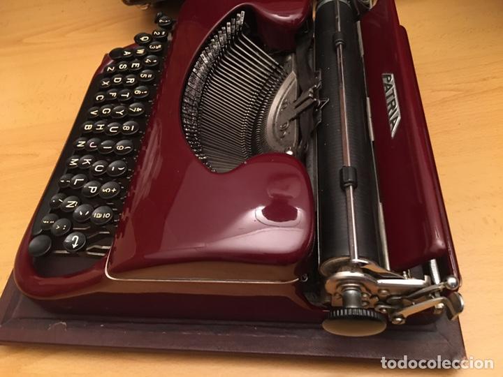 Antigüedades: Máquina de escribir PATRIA - Foto 4 - 190352291