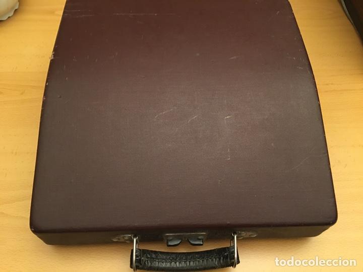 Antigüedades: Máquina de escribir PATRIA - Foto 6 - 190352291