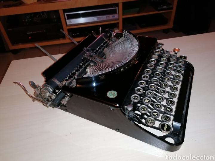 Antigüedades: Antigua máquina de escribir SMITH PREMIER No. 3 - Foto 2 - 190396853