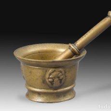 Antigüedades: MORTERO CON MAZA. BRONCE. SIGLO XVII.. Lote 190421903