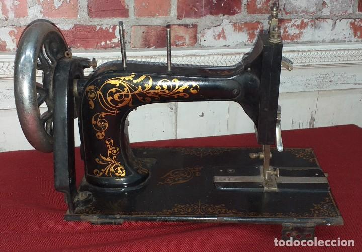 Antigüedades: ANTIGUA MAQUINA DE COSER WERTHEIM SIGLO XIX - Foto 10 - 190450097