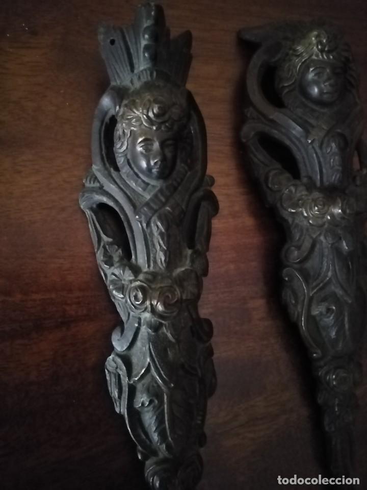 Antigüedades: Pareja de Bronces para muebles o puertas. - Foto 2 - 190494805