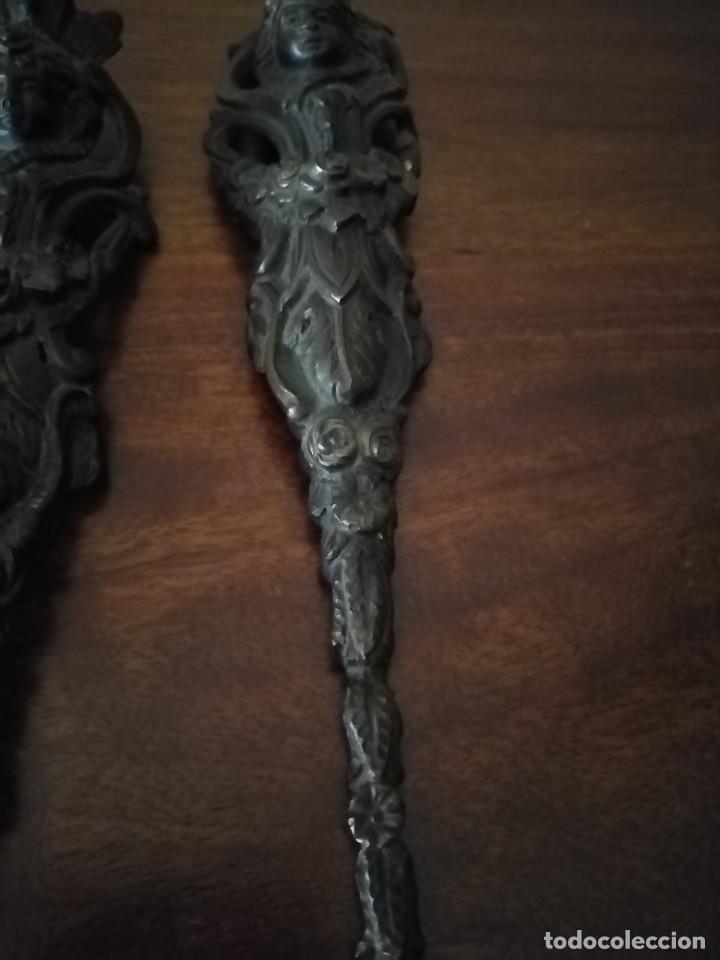 Antigüedades: Pareja de Bronces para muebles o puertas. - Foto 4 - 190494805
