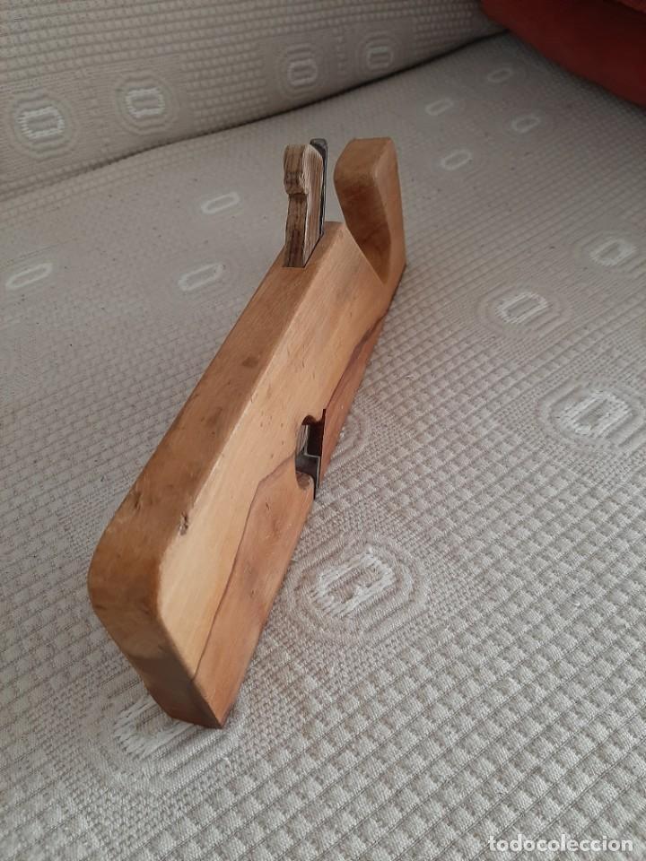 Antigüedades: antiguo cepillo de carpintero, estrecho, perfecto para trabajar, con su hoja original, o decoracion - Foto 6 - 190585621