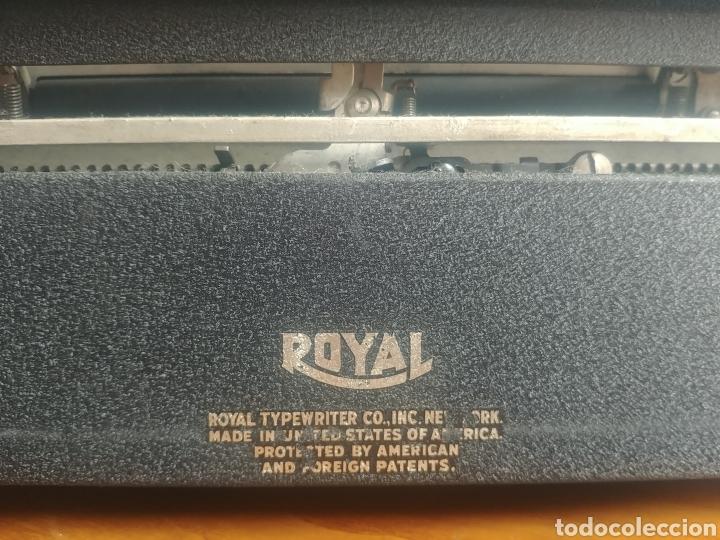Antigüedades: Máquina de escribir Royal modelo Aristocrat - Foto 5 - 176063360