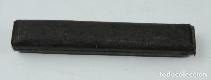 Antigüedades: COMPAS DE REDUCCION, SIGLO XIX, Está formado por dos brazos iguales acabados en punta por ambos extr - Foto 5 - 190801707