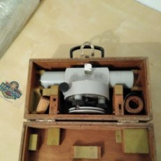 Antiquités: ANTIGUO NIVEL ZEISS CON CAJA ORIGINAL. Lote 190836483