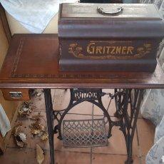 Antigüedades: MÁQUINA DE COSER GRITZNER. Lote 190975926