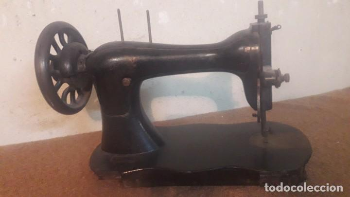 Antigüedades: Antigua maquina coser Singer - Foto 5 - 191115051