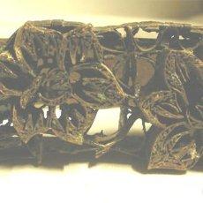 Antigüedades: MATRIZ PLANCHA PARA ESTAMPAR TEXTIL FLORES, DE HIERRO AÑOS 30. MED. 11 X 5 X 8 CM. Lote 191135208