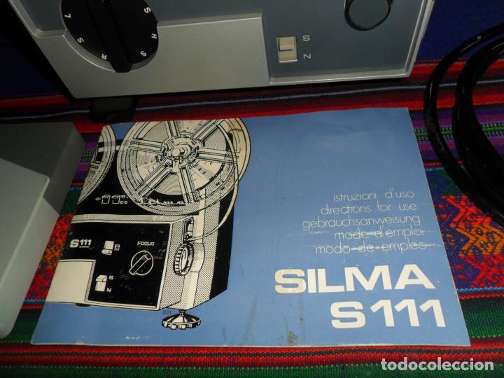 Antigüedades: FUNCIONANDO, PROYECTOR CINE SUPER 8 SILMA S111 S 111 CON INSTRUCCIONES. HECHO EN ITALIA. BUEN ESTADO - Foto 2 - 191136128