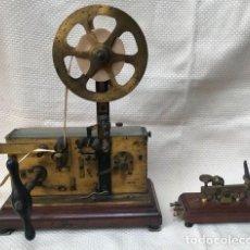Antigüedades: TELÉGRAFO CENTENARIO. RECEPTOR MORSE. INCLUYE SU PULSADOR ORIGINAL.. Lote 191186782