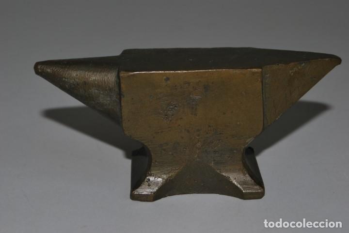 Antigüedades: ANTIGUO YUNQUE DE BRONCE DE JOYERO O RELOJERO - Foto 5 - 191246897