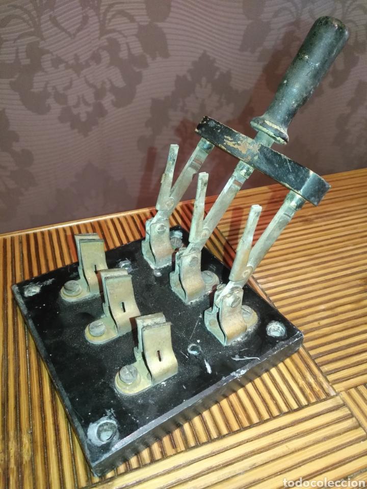 Antigüedades: ANTIGUO Fusible interruptor de corte trifásico de palanca 30 Amp. 17 cm x 12 cm. 770gr - Foto 3 - 191373321