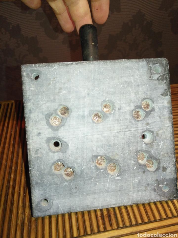Antigüedades: ANTIGUO Fusible interruptor de corte trifásico de palanca 30 Amp. 17 cm x 12 cm. 770gr - Foto 4 - 191373321