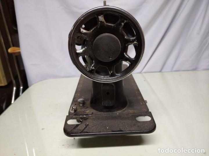 Antigüedades: Máquina de coser sigma. Sin mesa. - Foto 4 - 191428015