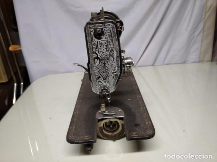 Antigüedades: Máquina de coser sigma. Sin mesa. - Foto 5 - 191428015