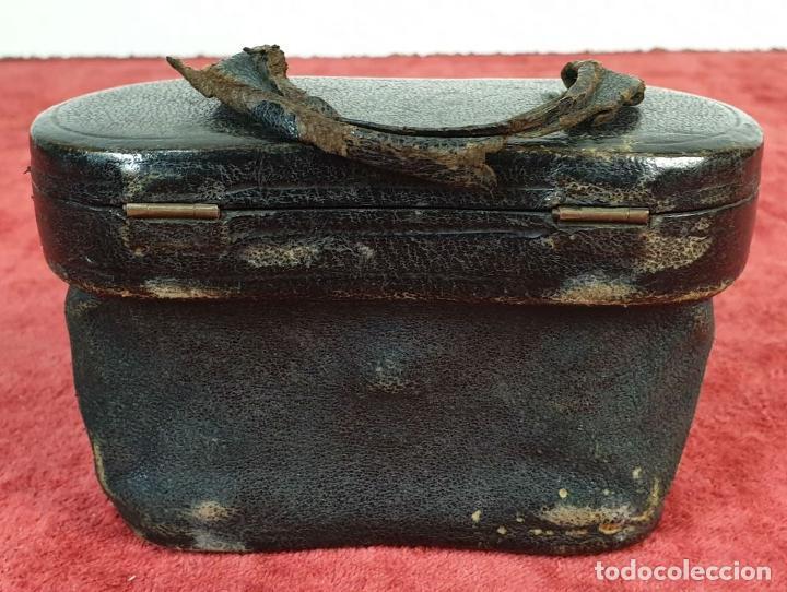 Antigüedades: BINOCULARES DE ÓPERA. METAL Y CUERO. FUNDA ORIGINAL. VOIGTLANDER AND SOHN. SIGLO XX. - Foto 7 - 191436195