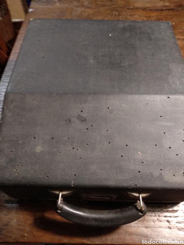 Antigüedades: Maquina de escribir hispano olivetti studio 46 - Foto 2 - 191541423
