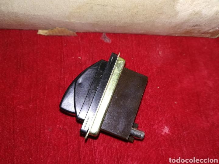 Antigüedades: Lote de 11 interruptores antiguos de baquelita a estrenar - Foto 5 - 191607711