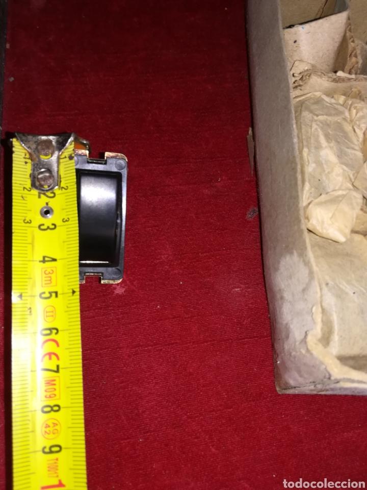 Antigüedades: Lote de 11 interruptores antiguos de baquelita a estrenar - Foto 8 - 191607711