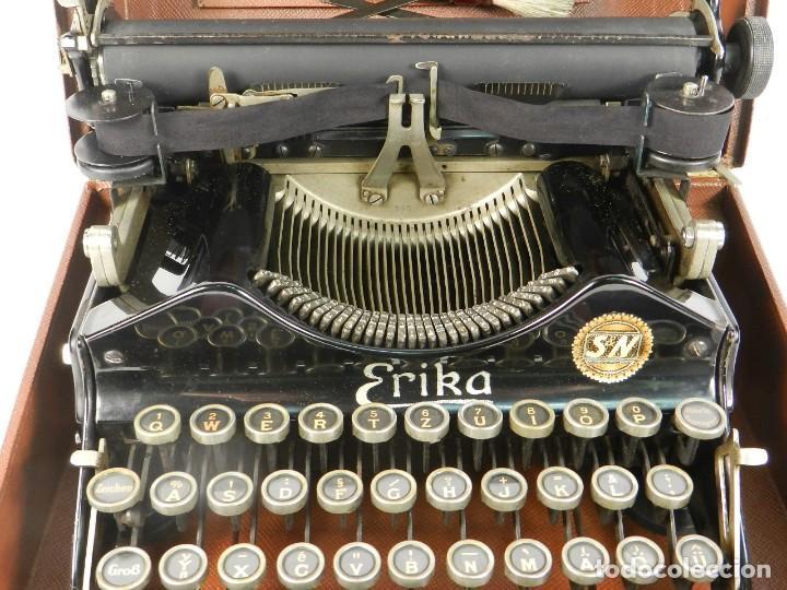 Antigüedades: MAQUINA DE ESCRIBIR ERIKA Nº3 AÑO 1917 PLEGABLE TYPEWRITER SCHREIBMASCHINE - Foto 6 - 191694555