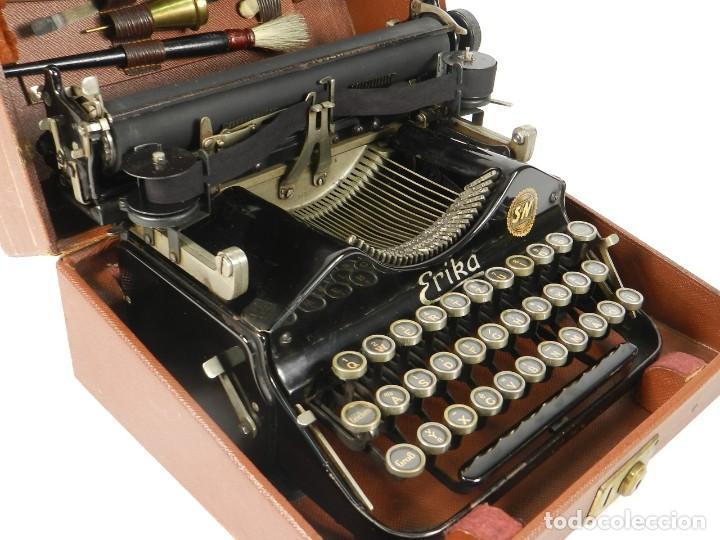 Antigüedades: MAQUINA DE ESCRIBIR ERIKA Nº3 AÑO 1917 PLEGABLE TYPEWRITER SCHREIBMASCHINE - Foto 8 - 191694555