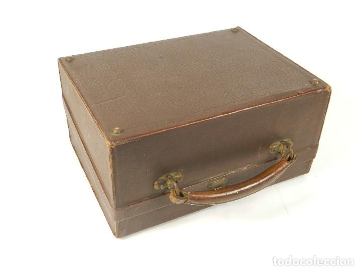 Antigüedades: MAQUINA DE ESCRIBIR ERIKA Nº3 AÑO 1917 PLEGABLE TYPEWRITER SCHREIBMASCHINE - Foto 2 - 191694976