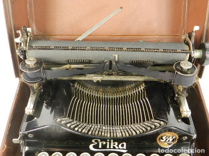 Antigüedades: MAQUINA DE ESCRIBIR ERIKA Nº3 AÑO 1917 PLEGABLE TYPEWRITER SCHREIBMASCHINE - Foto 5 - 191694976