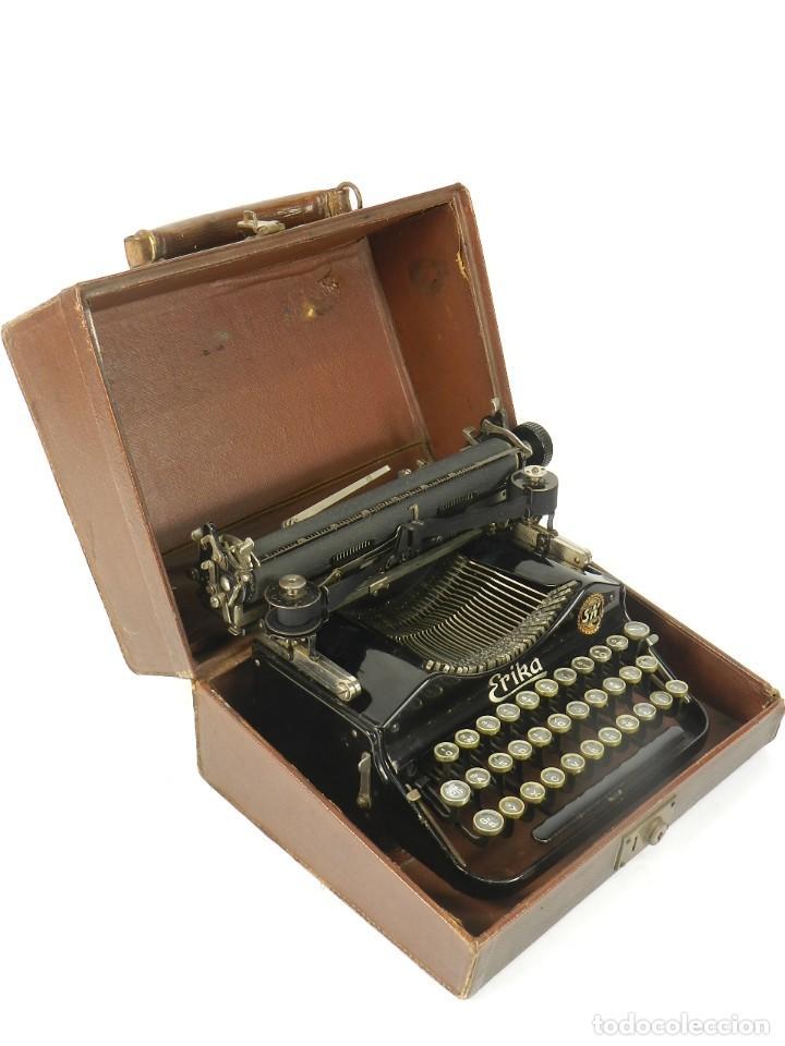 Antigüedades: MAQUINA DE ESCRIBIR ERIKA Nº3 AÑO 1917 PLEGABLE TYPEWRITER SCHREIBMASCHINE - Foto 8 - 191694976