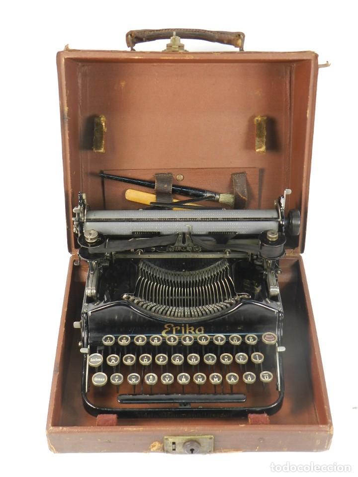 Antigüedades: MAQUINA DE ESCRIBIR ERIKA Nº3 AÑO 1917 PLEGABLE TYPEWRITER SCHREIBMASCHINE - Foto 2 - 191695477